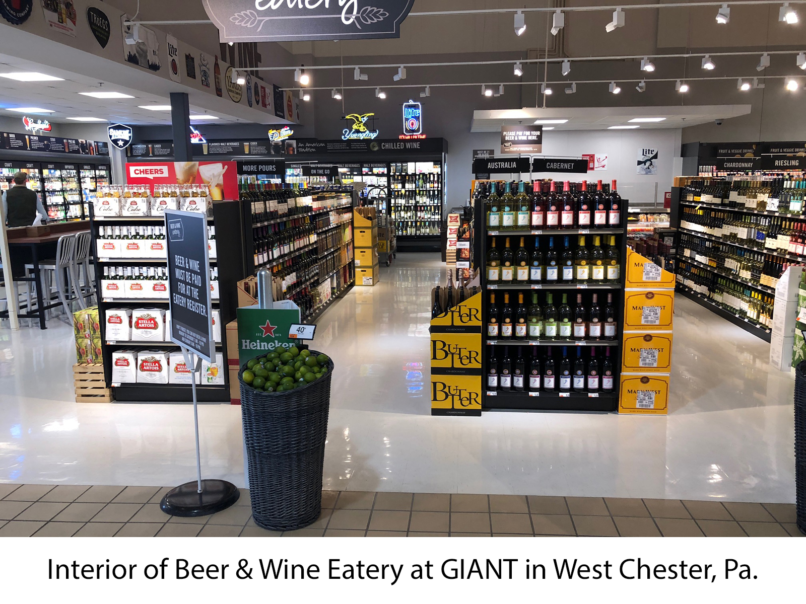 Giant Opens Beer Wine Eatery At West Chester Pa Store Caryl